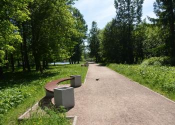 5_Скамейки-в-Захаровском-парке