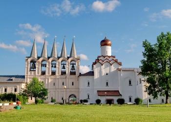 9_Звонница-и-Покровская-церковь